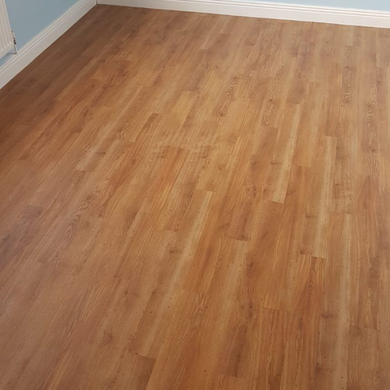 https://www.jmflooring-swindon.co.uk/wp-content/uploads/2021/02/laminate_home_image-1-800x800.jpg